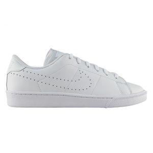 Nike Classic PRM Tennis Shoe